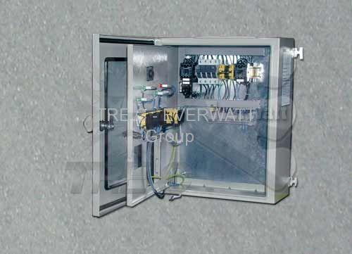 电热水器的电气控制面板